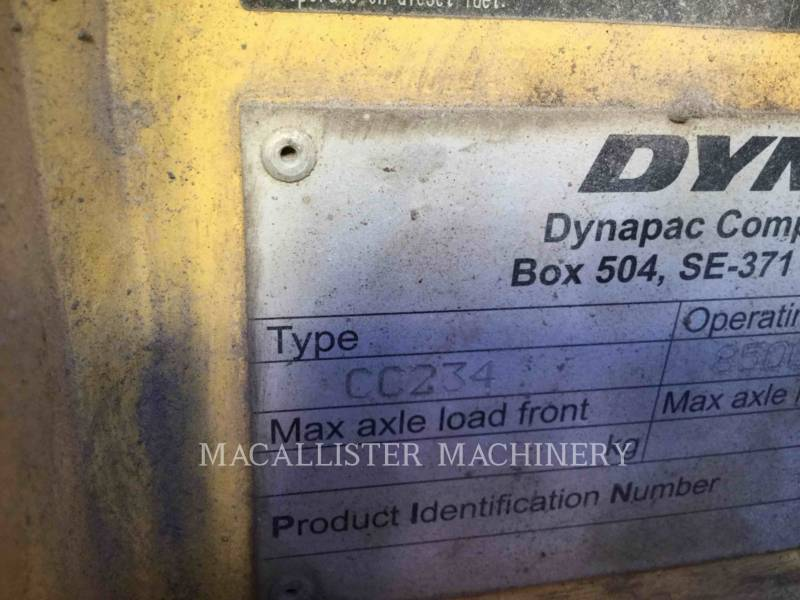 DYNAPAC TAMBOR DOBLE VIBRATORIO ASFALTO CC234HF equipment  photo 4