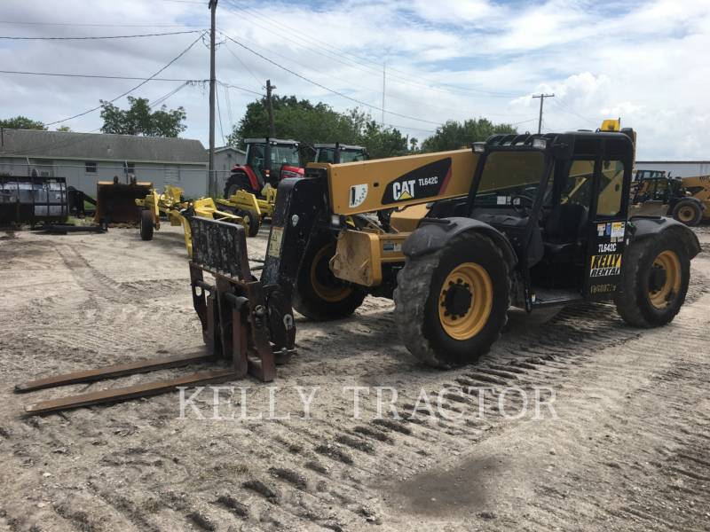 CATERPILLAR TELEHANDLER TL642C equipment  photo 1