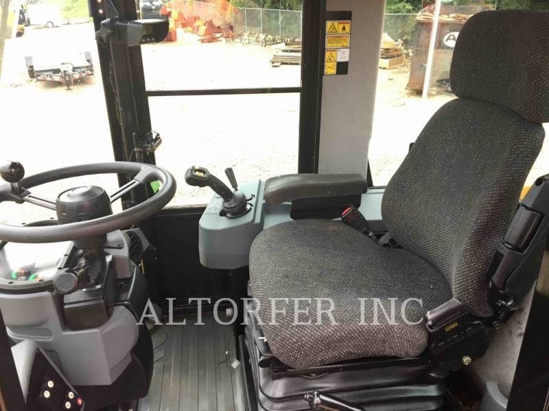 CATERPILLAR WHEEL LOADERS/INTEGRATED TOOLCARRIERS IT38H equipment  photo 7