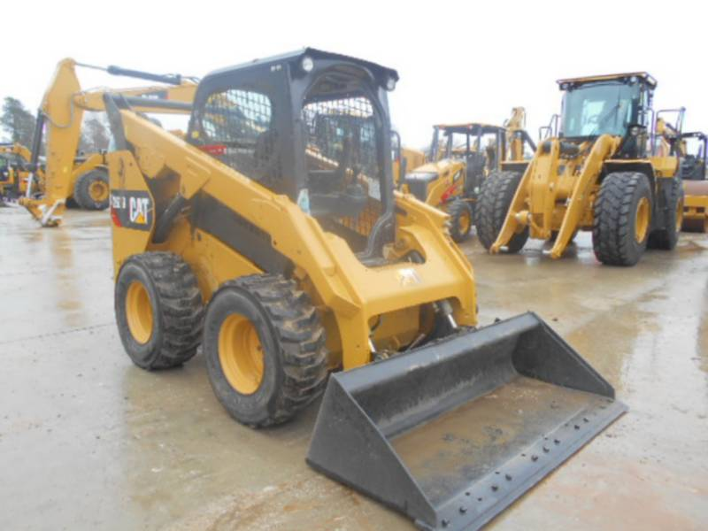 CATERPILLAR SKID STEER LOADERS 262D equipment  photo 6