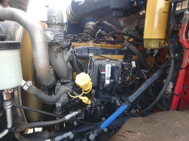 CATERPILLAR CAMINHÕES RODOVIÁRIOS CT660S equipment  photo 22