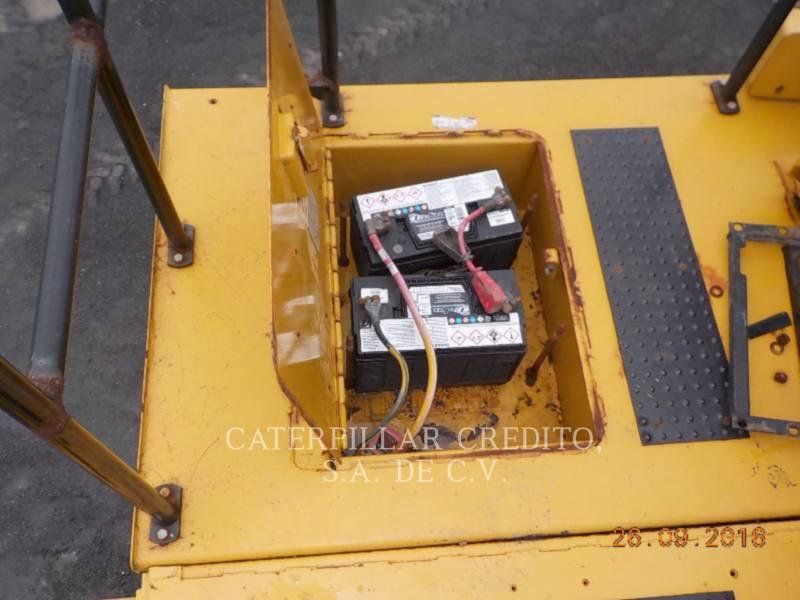 CATERPILLAR TOMBEREAUX DE CHANTIER 785C equipment  photo 17