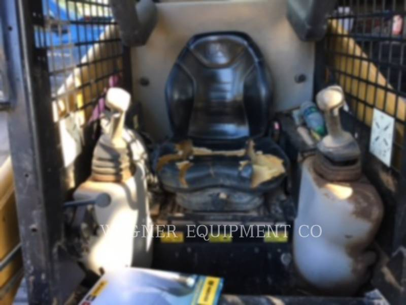 CATERPILLAR CHARGEURS COMPACTS RIGIDES 247B equipment  photo 3