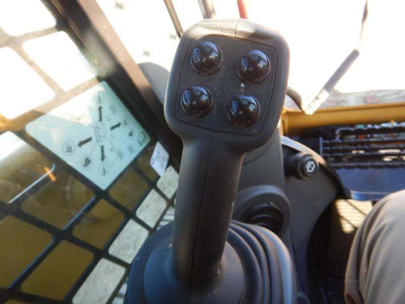 CATERPILLAR 多地形装载机 259 D equipment  photo 15