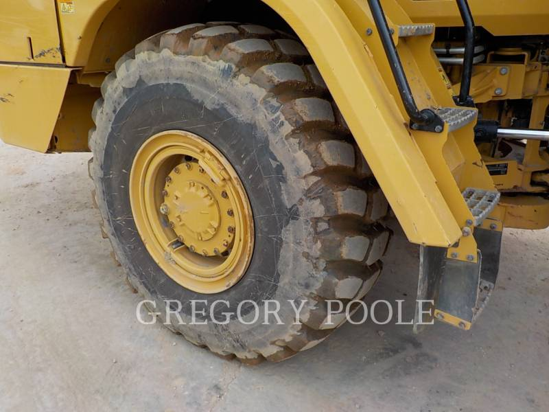 CATERPILLAR ARTICULATED TRUCKS 725C equipment  photo 18