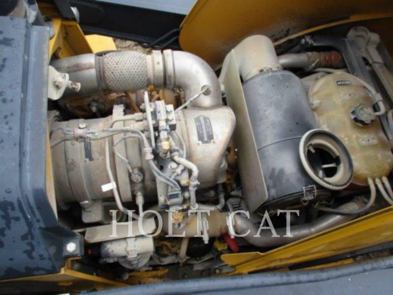 DEERE & CO. BAGGERLADER 410K equipment  photo 19