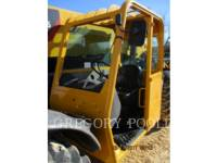 CATERPILLAR TELEHANDLER TL1055 equipment  photo 15