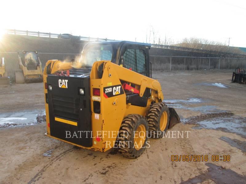 CATERPILLAR MINICARGADORAS 226D equipment  photo 4