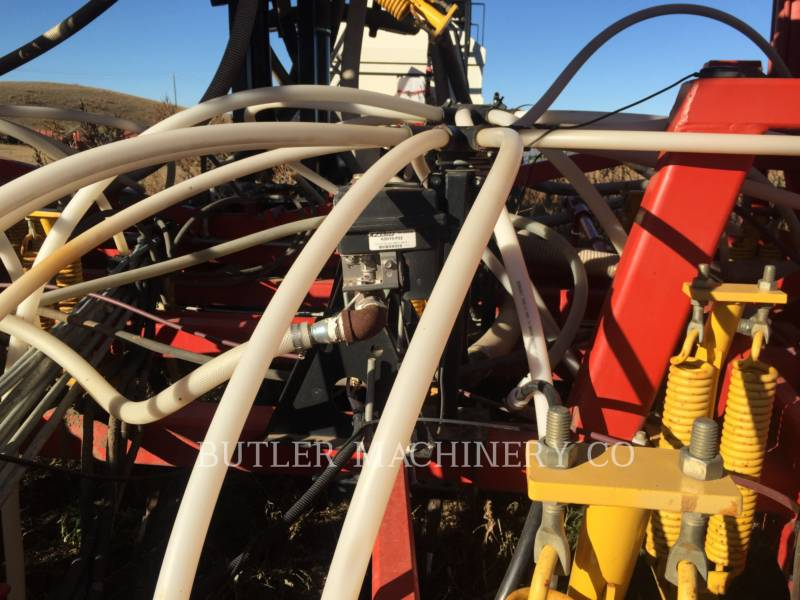 BOURGAULT INDUSTRIES Equipo de plantación 5710 equipment  photo 3