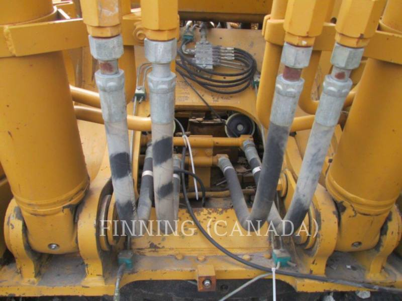 CATERPILLAR TRACK EXCAVATORS 320CL equipment  photo 11