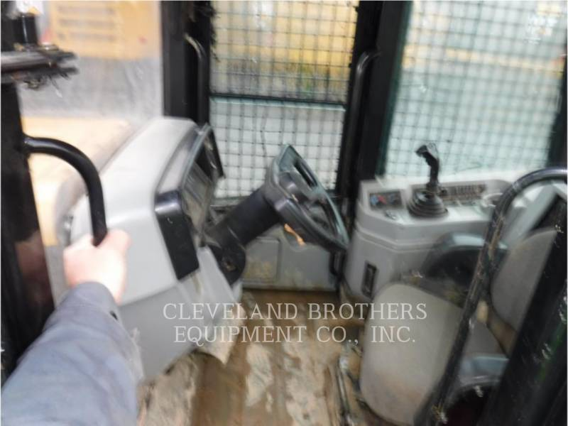 CATERPILLAR ATTIVITÀ FORESTALI - SKIDDER 525B equipment  photo 5