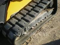 JOHN DEERE SKID STEER LOADERS 333E equipment  photo 3