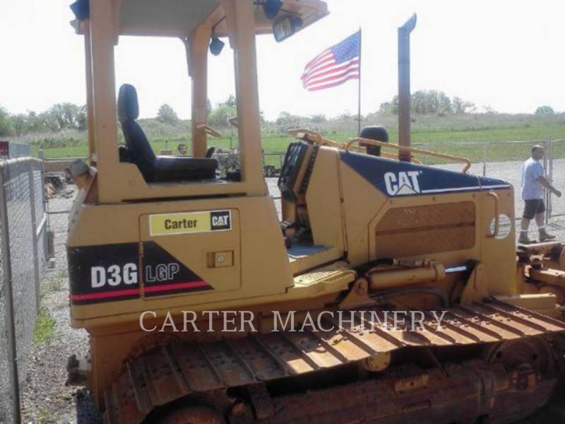 CATERPILLAR TRACK TYPE TRACTORS D3GLGP equipment  photo 3