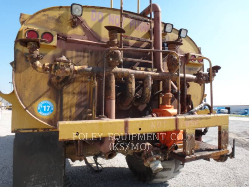 CATERPILLAR VAGONES DE AGUA D25C equipment  photo 8