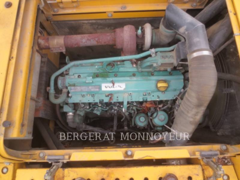 VOLVO CONSTRUCTION EQUIPMENT EXCAVADORAS DE CADENAS EC210BLC equipment  photo 23