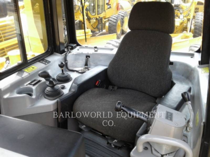 CATERPILLAR TRACTORES DE CADENAS D 6 R equipment  photo 9