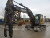 Equipment photo VOLVO CONSTRUCTION EQUIPMENT EC210BLC PELLES SUR CHAINES 1