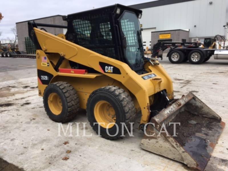 CATERPILLAR CHARGEURS COMPACTS RIGIDES 252B 3 equipment  photo 3