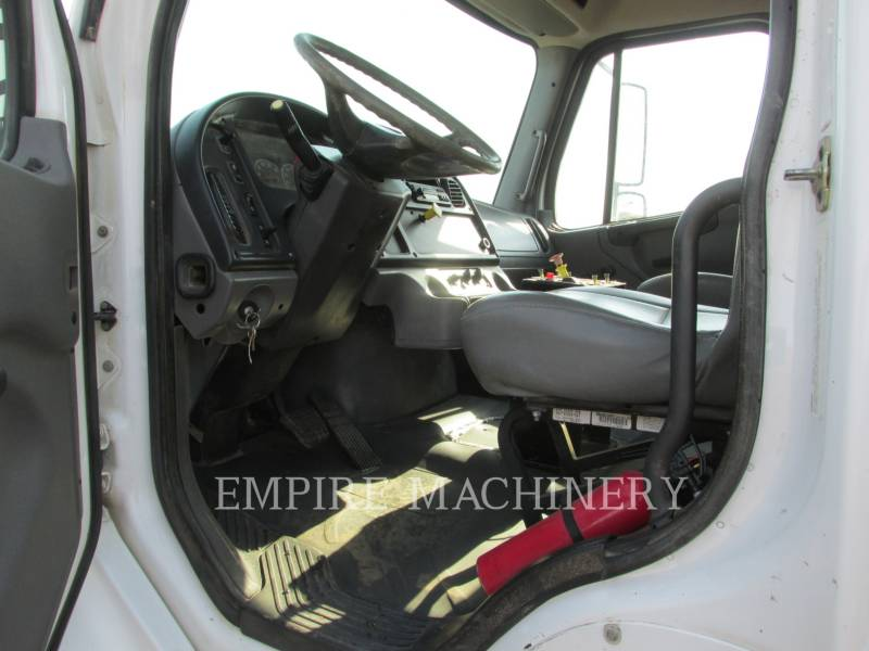 FREIGHTLINER CAMIONES DE AGUA 2K equipment  photo 8