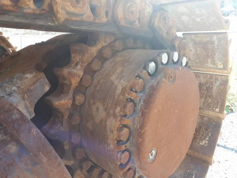 CATERPILLAR ESCAVATORI CINGOLATI 390DL equipment  photo 19