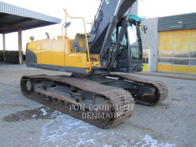 VOLVO CONSTRUCTION EQUIPMENT TRACK EXCAVATORS EC210CL equipment  photo 6