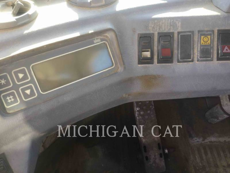 VOLVO CONSTRUCTION EQUIPMENT WHEEL LOADERS/INTEGRATED TOOLCARRIERS L120 equipment  photo 22