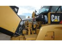 CATERPILLAR KNICKGELENKTE MULDENKIPPER 740B equipment  photo 10