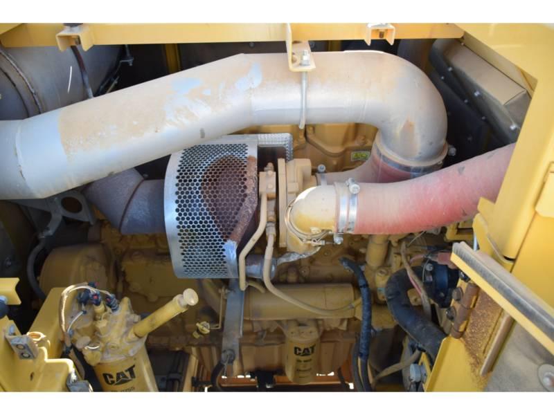 CATERPILLAR PELLES SUR CHAINES 390 D L equipment  photo 18