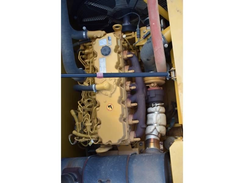 CATERPILLAR TRACK EXCAVATORS 323D2 equipment  photo 13