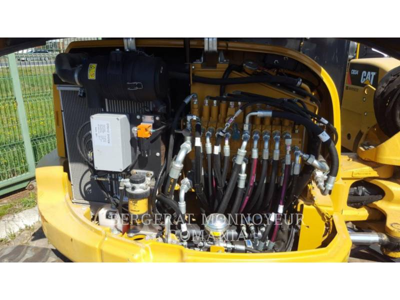 CATERPILLAR TRACK EXCAVATORS 305 E CR equipment  photo 5