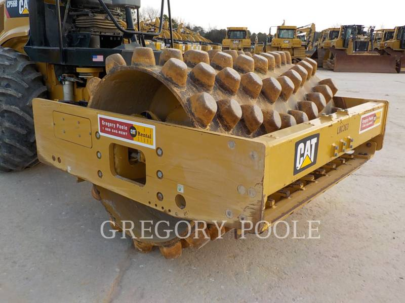 CATERPILLAR COMPACTEUR VIBRANT, MONOCYLINDRE À PIEDS DAMEURS CP-56B equipment  photo 5