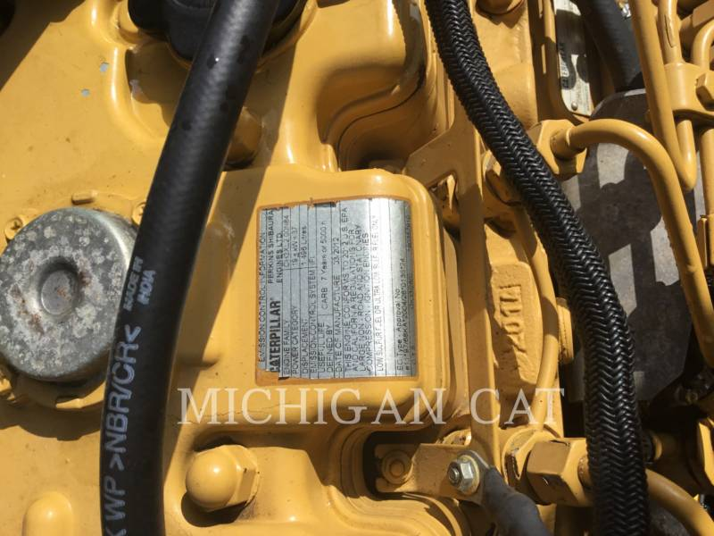 CATERPILLAR COMPACTEURS TANDEMS VIBRANTS CB24 equipment  photo 10