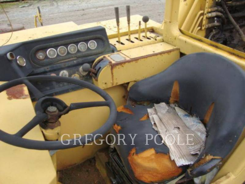 CATERPILLAR WHEEL TRACTOR SCRAPERS 613B equipment  photo 22