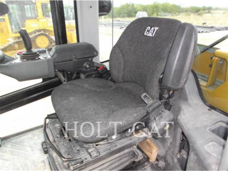 CATERPILLAR EINZELVIBRATIONSWALZE, GLATTBANDAGE CS56B equipment  photo 14