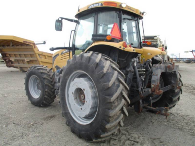 AGCO-CHALLENGER ROLNICTWO - INNE MT585D equipment  photo 3