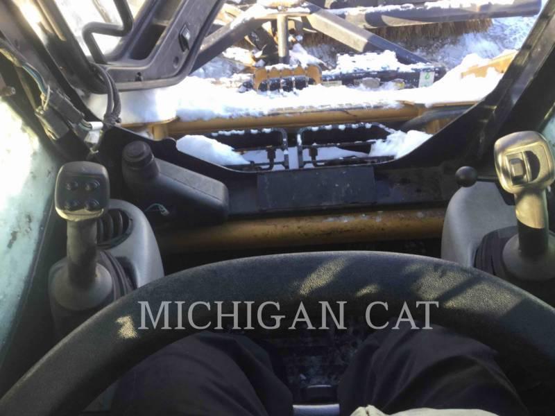 CATERPILLAR KOMPAKTLADER 236B2 equipment  photo 22