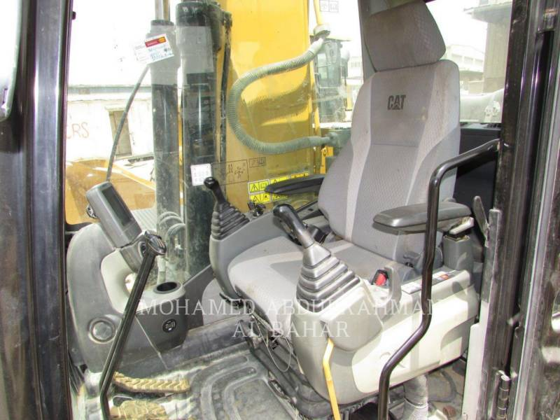 CATERPILLAR トラック油圧ショベル 320D2L equipment  photo 16