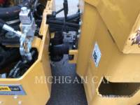 CATERPILLAR TAMBOR DOBLE VIBRATORIO ASFALTO CB24 equipment  photo 15