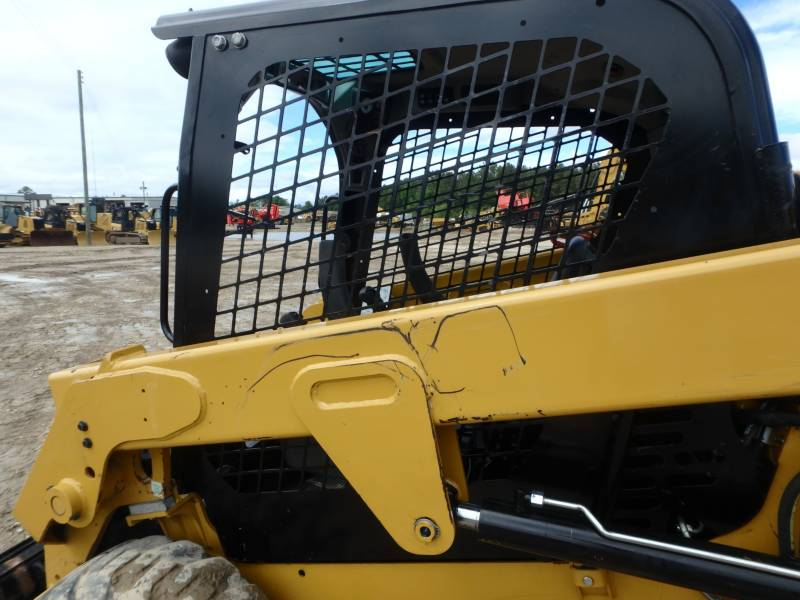CATERPILLAR SKID STEER LOADERS 232D equipment  photo 21