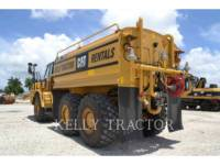 CATERPILLAR CAMIONS CITERNE A EAU 725C equipment  photo 4