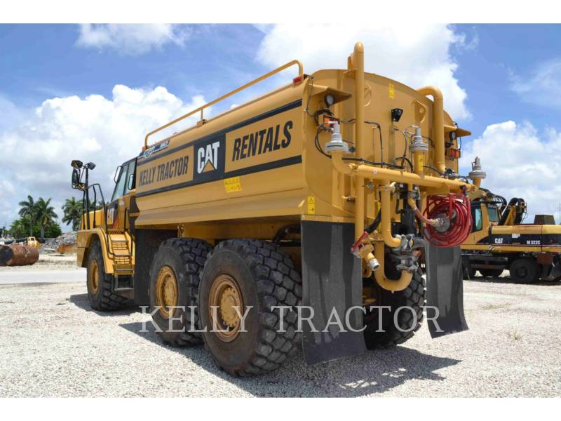 Caterpillar CISTERNE APĂ 725C equipment  photo 4