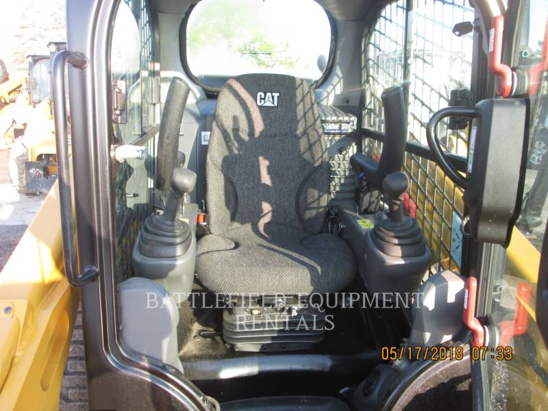 CATERPILLAR SKID STEER LOADERS 246D equipment  photo 6