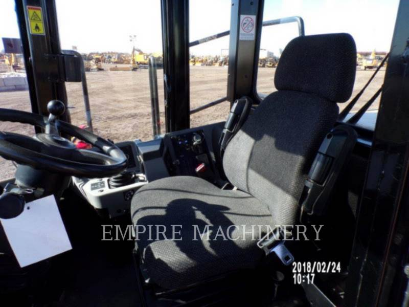 CATERPILLAR COMPACTORS 815FII equipment  photo 11