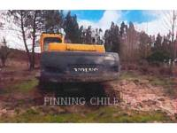 VOLVO PELLES SUR CHAINES EC210B LC equipment  photo 4
