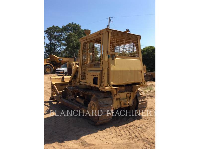 CATERPILLAR TRATORES DE ESTEIRAS D4E equipment  photo 4