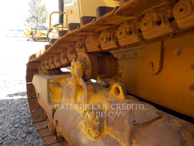 CATERPILLAR TRACTEURS SUR CHAINES D8T equipment  photo 13