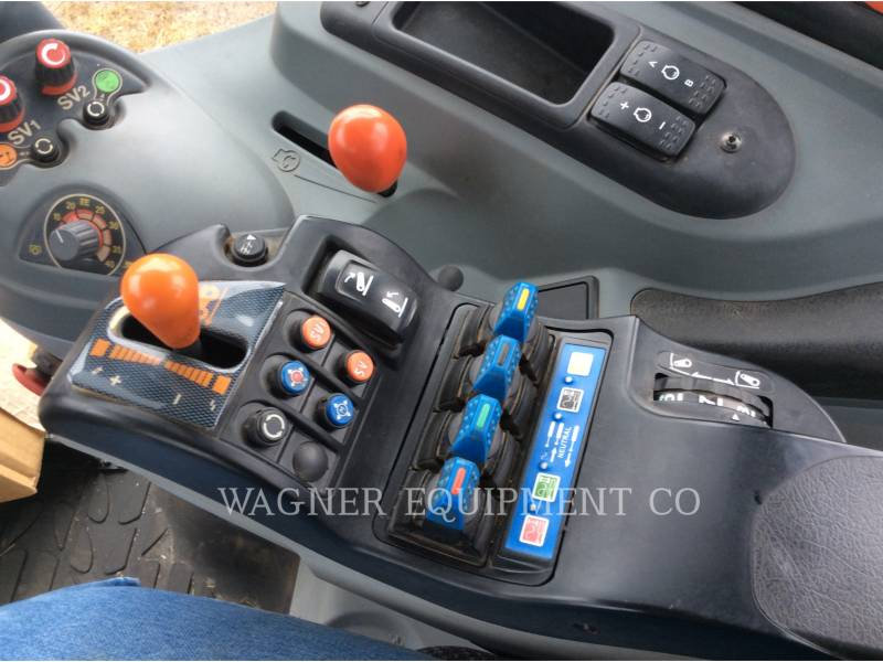 CHALLENGER TRACTORES AGRÍCOLAS MT575B equipment  photo 15