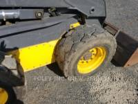 NEW HOLLAND LTD. SKID STEER LOADERS LS185B equipment  photo 9
