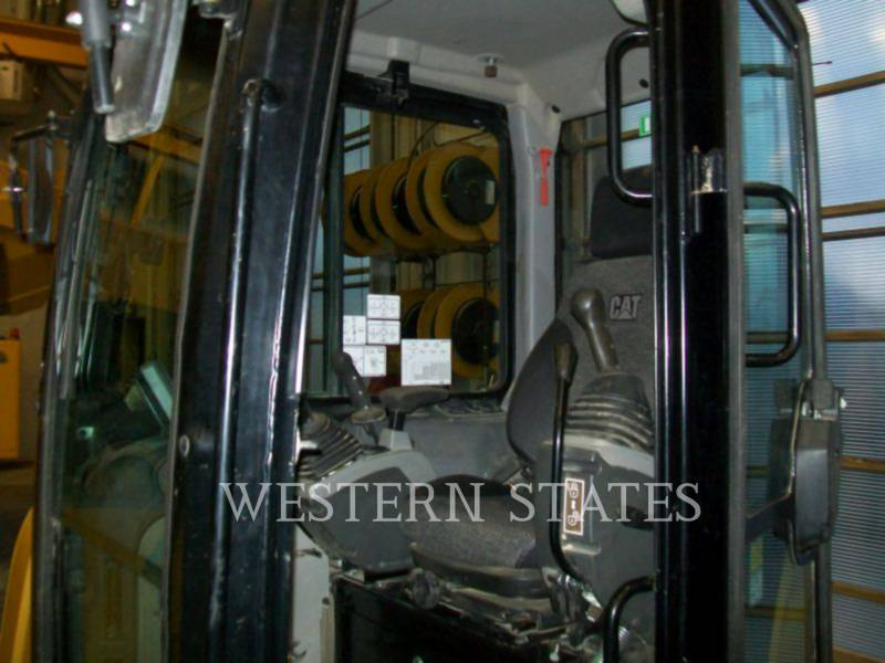 CATERPILLAR トラック油圧ショベル 305.5E2 equipment  photo 5
