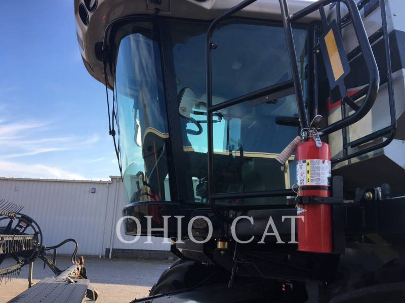 AGCO-GLEANER COMBINES S67 equipment  photo 2